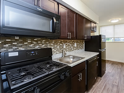 Spacious kitchen at Briarwood Apartments & Townhomes in State College, Pennsylvania