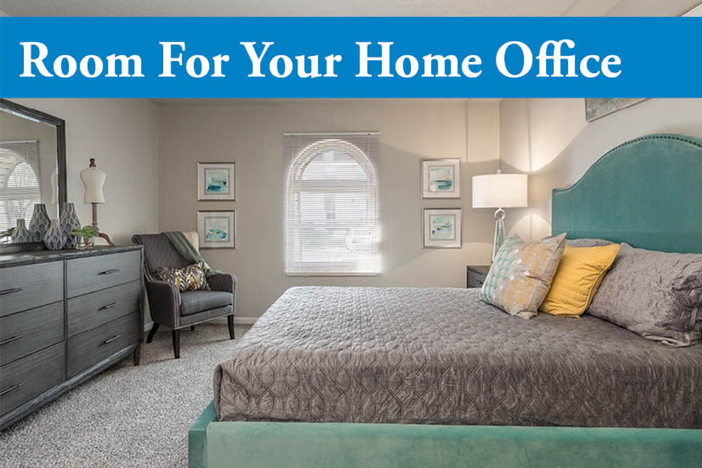 Home office space at Hickory Creek Apartments & Townhomes in Nashville, Tennessee