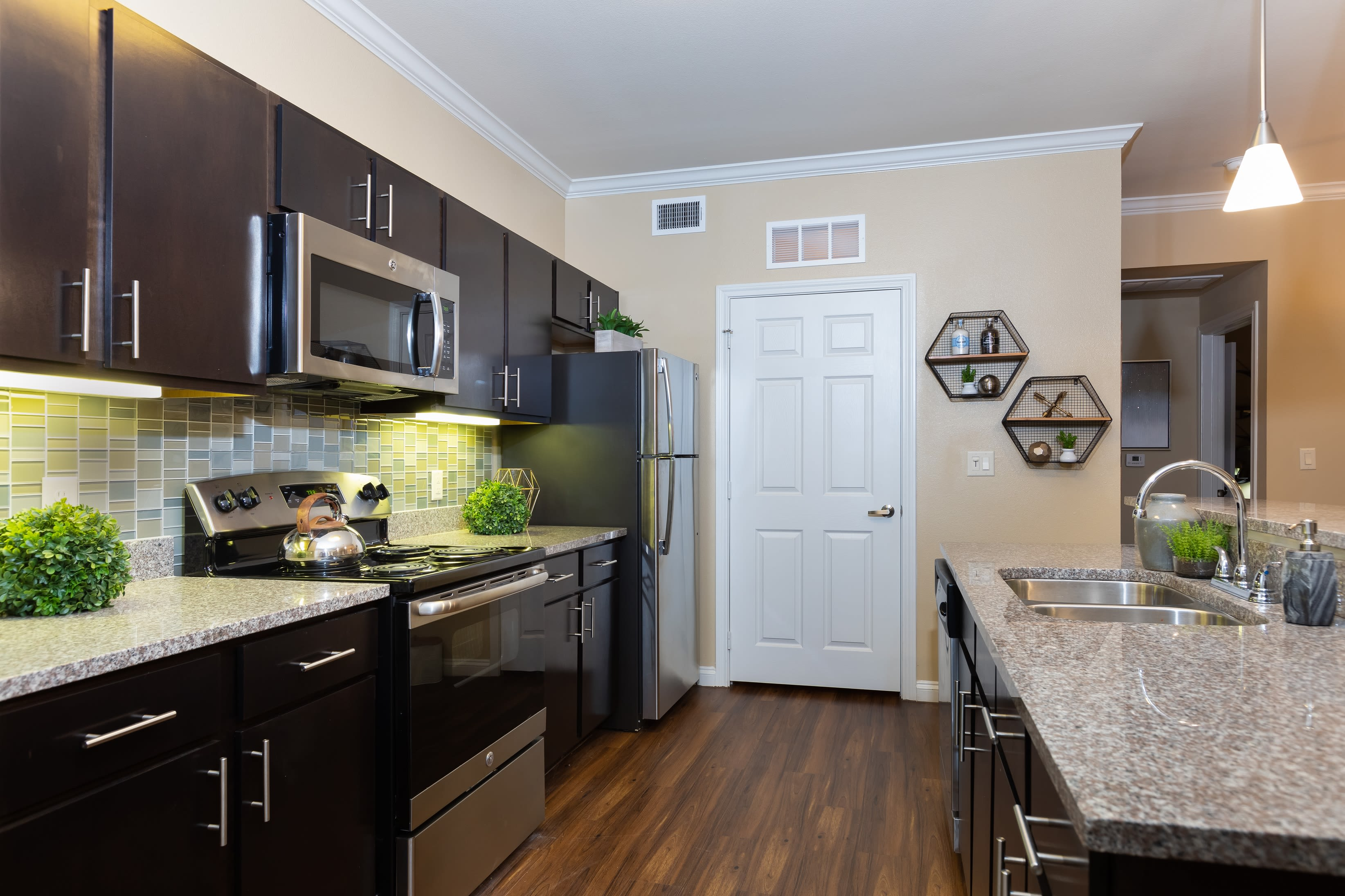 View virtual tour for 1 bedroom 1 bathroom home at Hilltops in Conroe, Texas