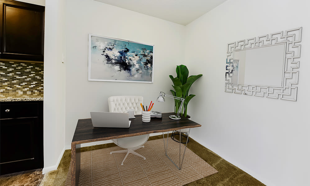Home office space at Towers of Windsor Park Apartment Homes in Cherry Hill, New Jersey