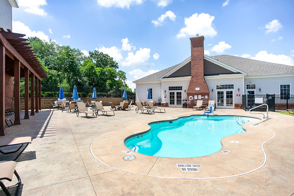 Swimming pool at Torrente Apartment Homes in Upper St Clair, Pennsylvania