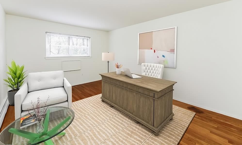 Home office space at Mt. Arlington Gardens Apartment Homes in Mt. Arlington, NJ
