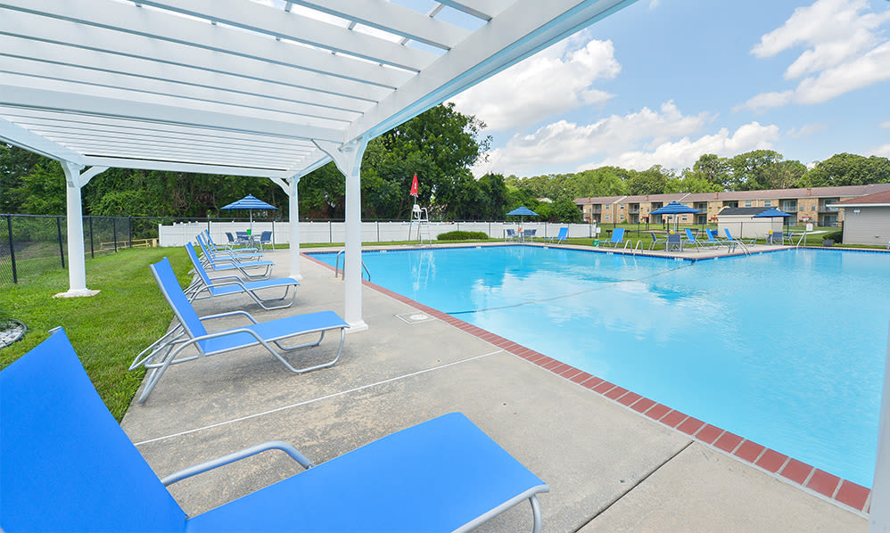 Sundeck at The Fairways Apartment Homes in Blackwood, NJ