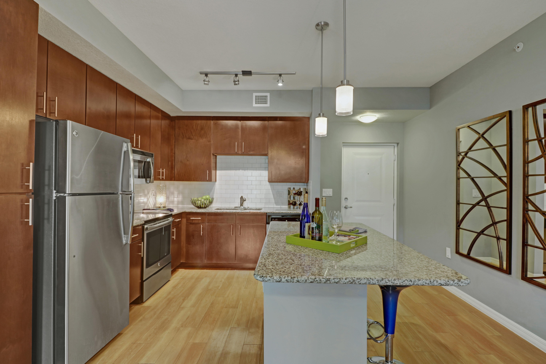 Stylish kitchen at Linden Pointe in Pompano Beach, Florida