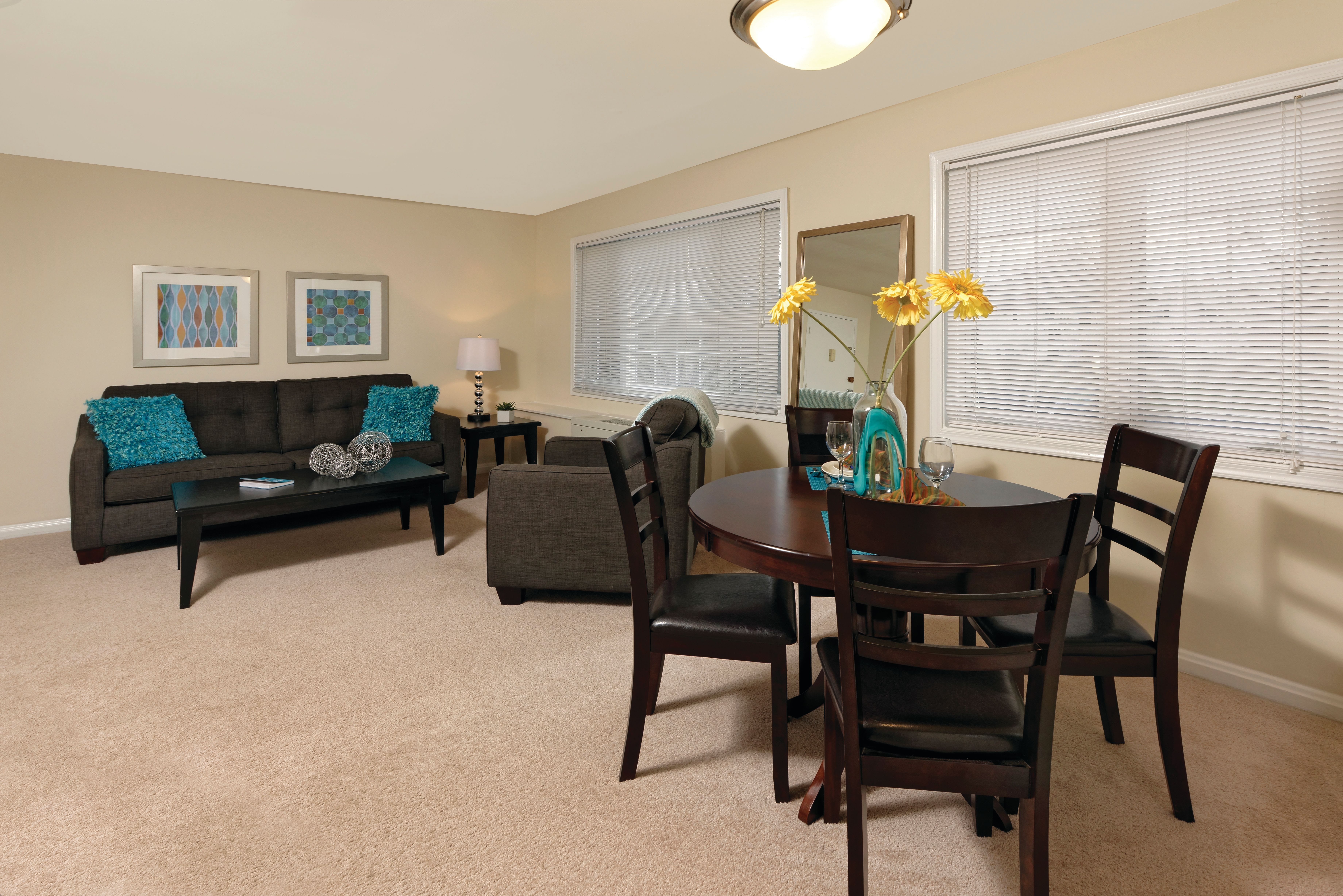 Living room at Braddock Lee Apartments in Alexandria, Virginia