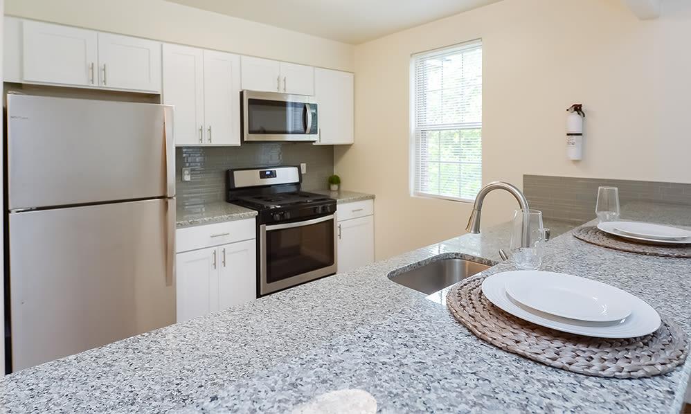 Kitchen at The Villas at Bryn Mawr Apartment Homes in Bryn Mawr, Pennsylvania