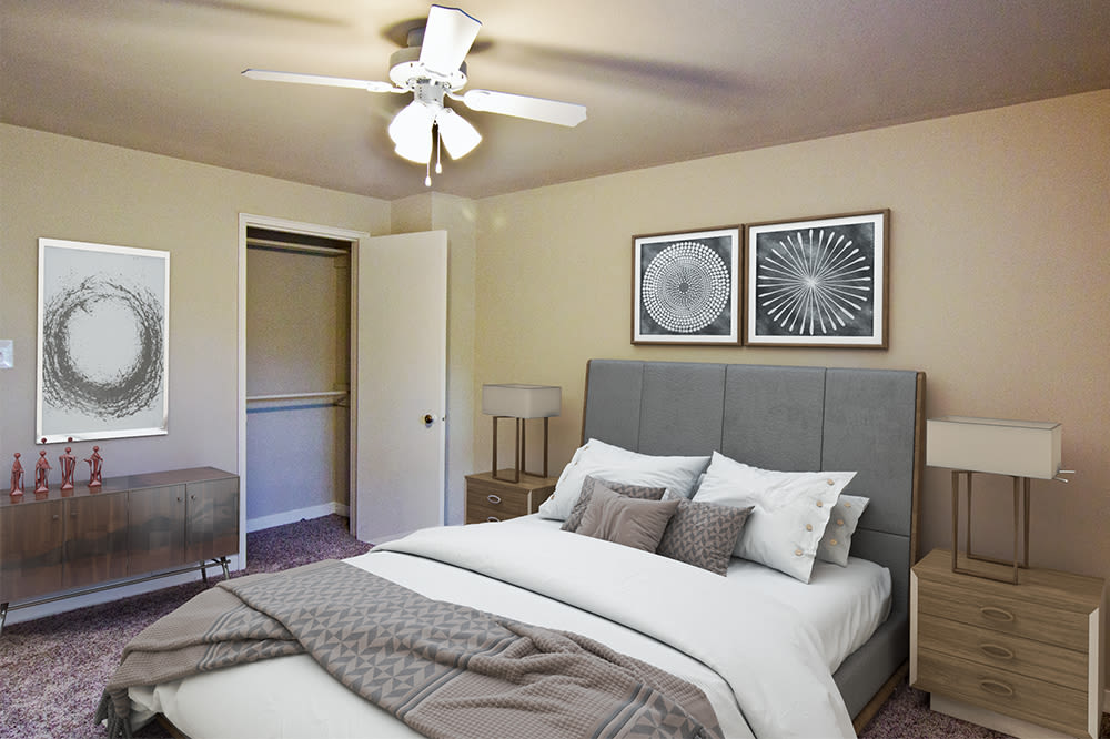 Bedroom at Governors Ridge in Pittsburgh, Pennsylvania