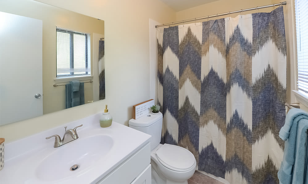 Spacious bathroom at Imperial Gardens Apartment Homes in Middletown, NY