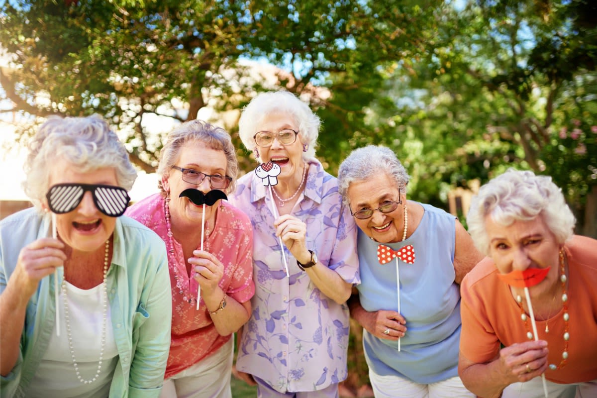 Learn more about the everyday activities offered at Pennington Gardens in Chandler, Arizona