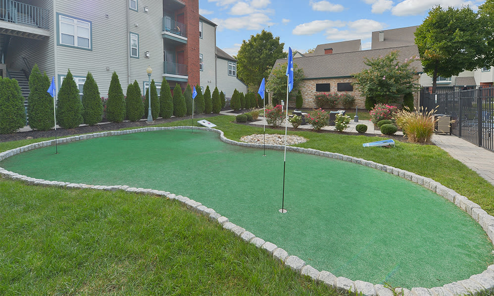 Putting green at Bishop's View Apartments & Townhomes in Cherry Hill, NJ