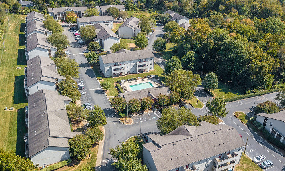 Aerial view of Sharon Pointe Apartment Homes in Charlotte, North Carolina