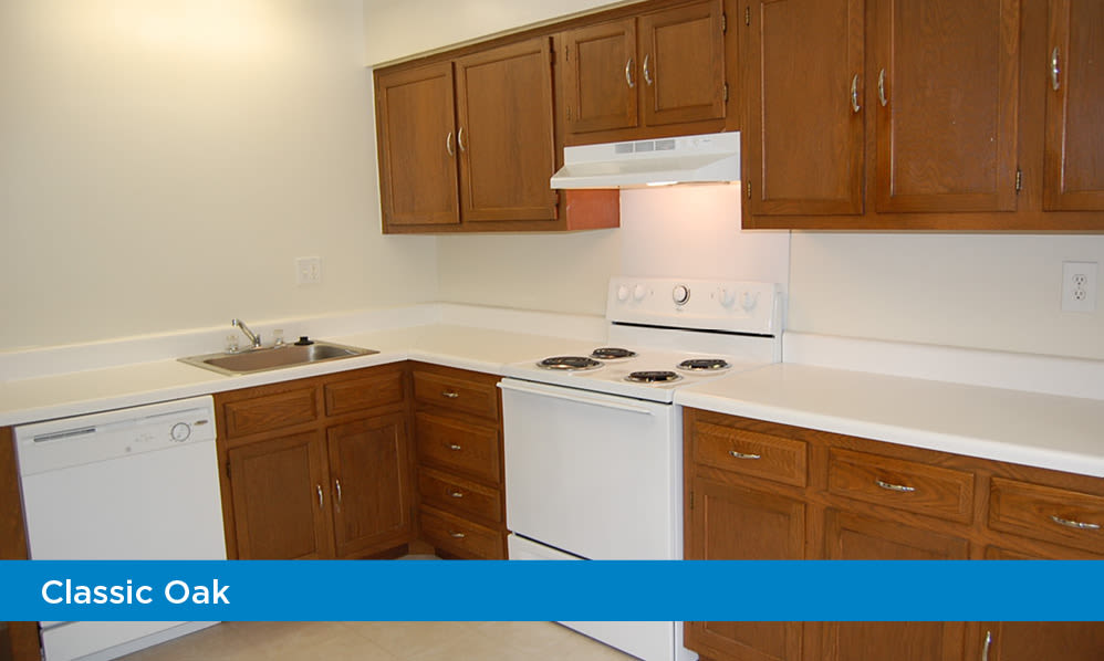 Spacious kitchen at Moorestowne Woods Apartment Homes in Moorestown, New Jersey