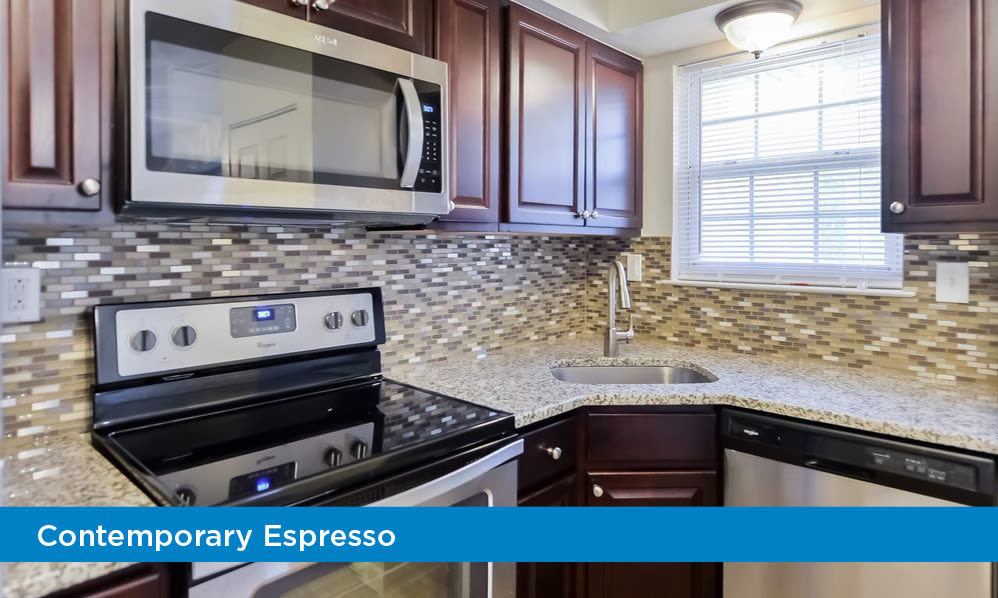 Beautiful Kitchen at Moorestowne Woods Apartment Homes in Moorestown, New Jersey