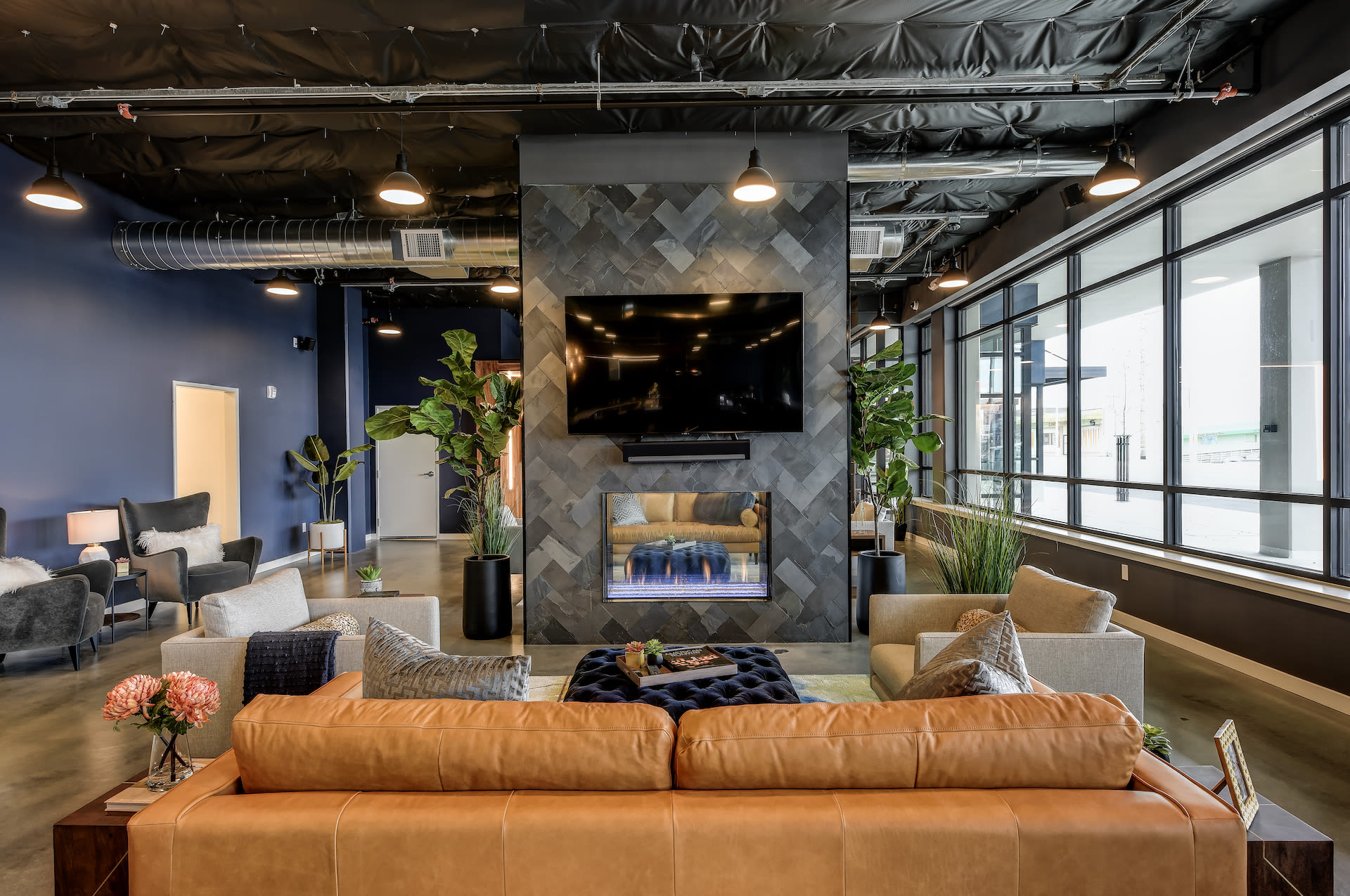 Luxury apartments at Kinect @ Broadway in Everett, Washington