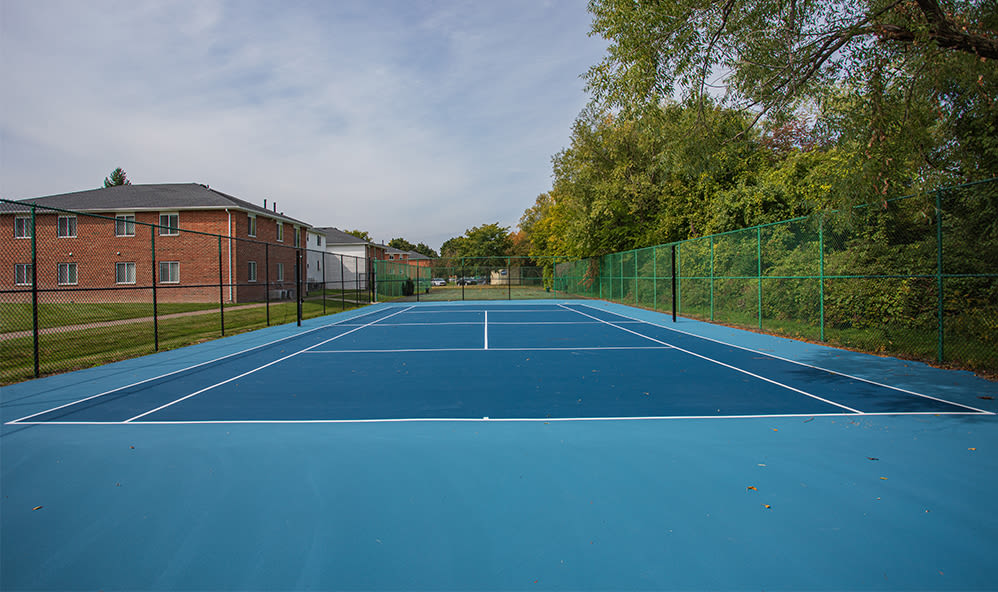 Sports court at Waverlywood Apartments & Townhomes in Webster, New York