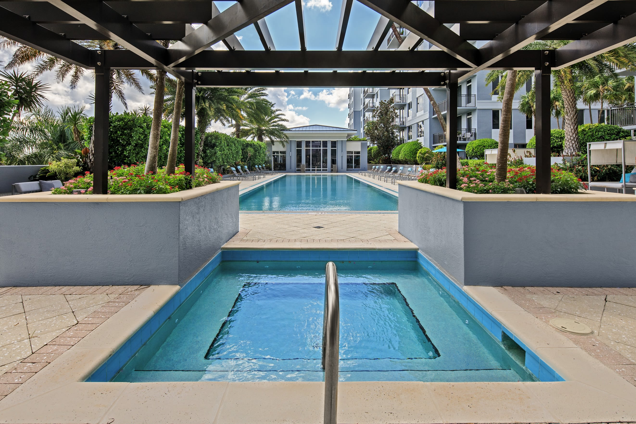 large modern lobby at Midtown 24 in Plantation, Florida