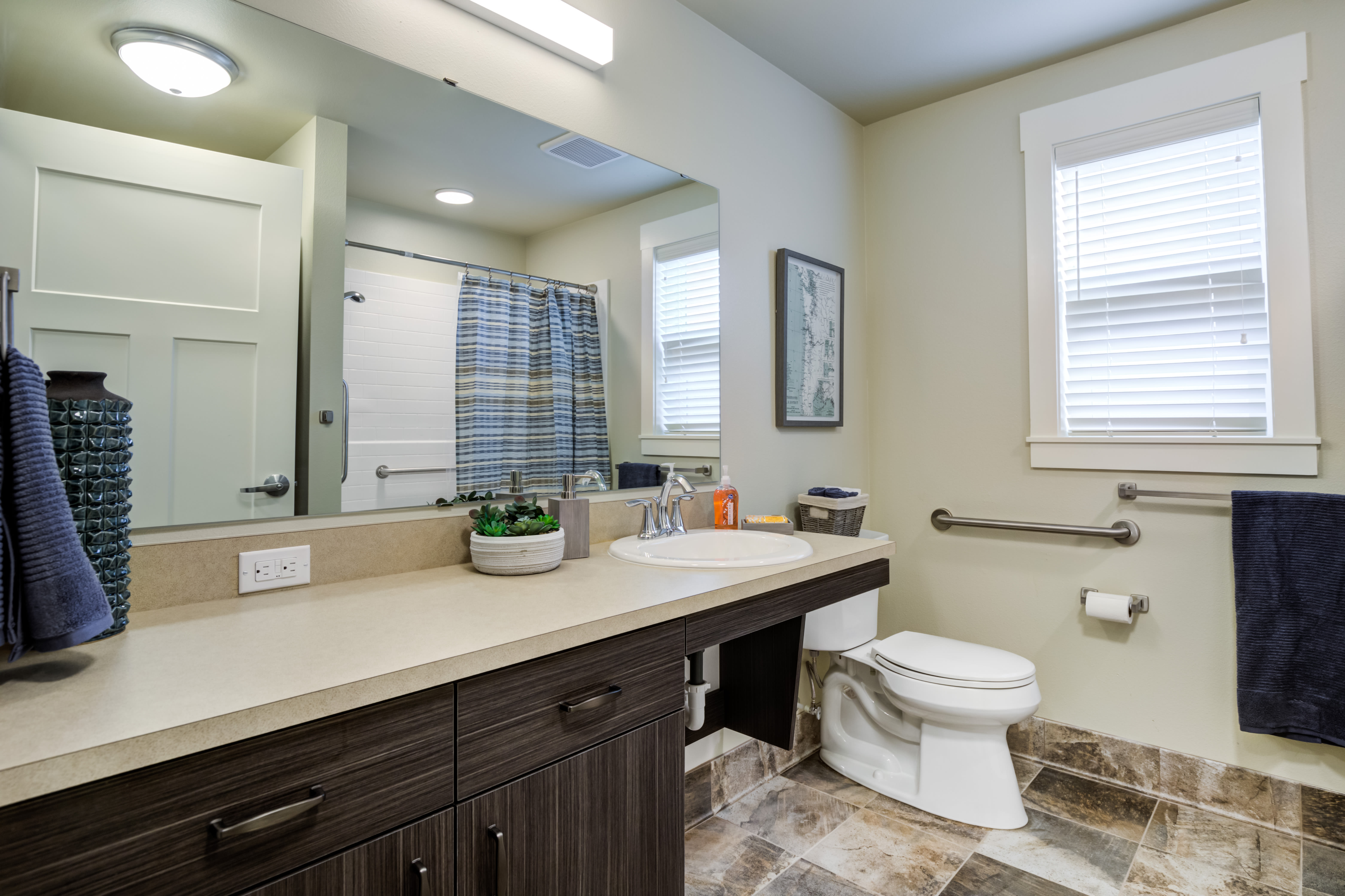 Independent Living Cottage Bathroom at Mirror Lake Village Senior Living Community in Federal Way, WA