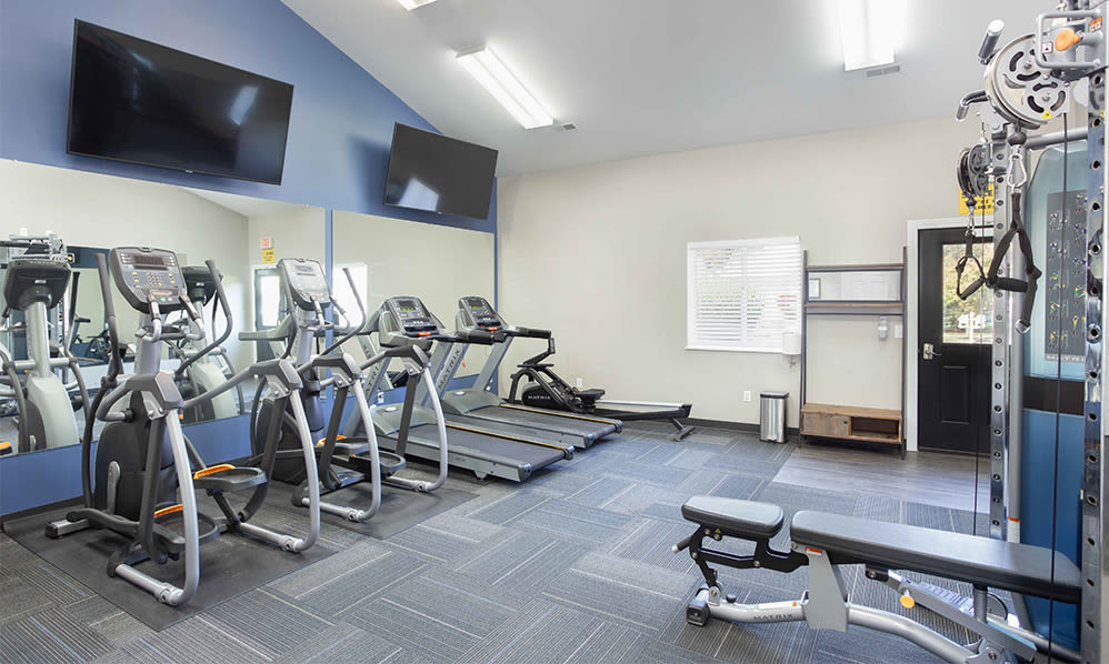 Spacious fitness center at Steeplechase Apartments & Townhomes in Toledo, Ohio