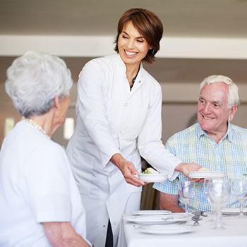 Residents dining at The Stilley House Senior Living in Benton, Kentucky.