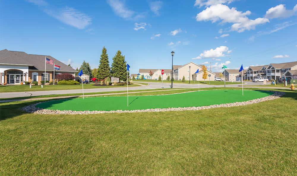 Relaxing putting green at Avon Commons in Avon, New York