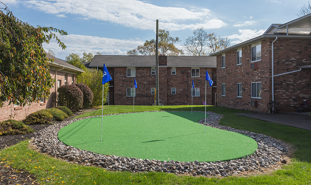 Putting green at Knollwood Manor Apartments in Fairport, New York