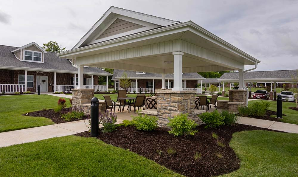 Field Pointe Assisted Living offers a beautifully landscaped community area for Residents in Saint Joseph, Missouri