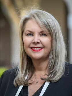 Natalie Cavaliere, Corporate Trainer