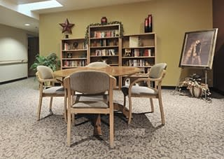 Contact The Iris Senior Living to learn more about our Amenities.