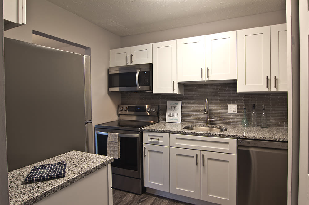Modern kitchen at Torrente Apartment Homes in Upper St Clair, Pennsylvania