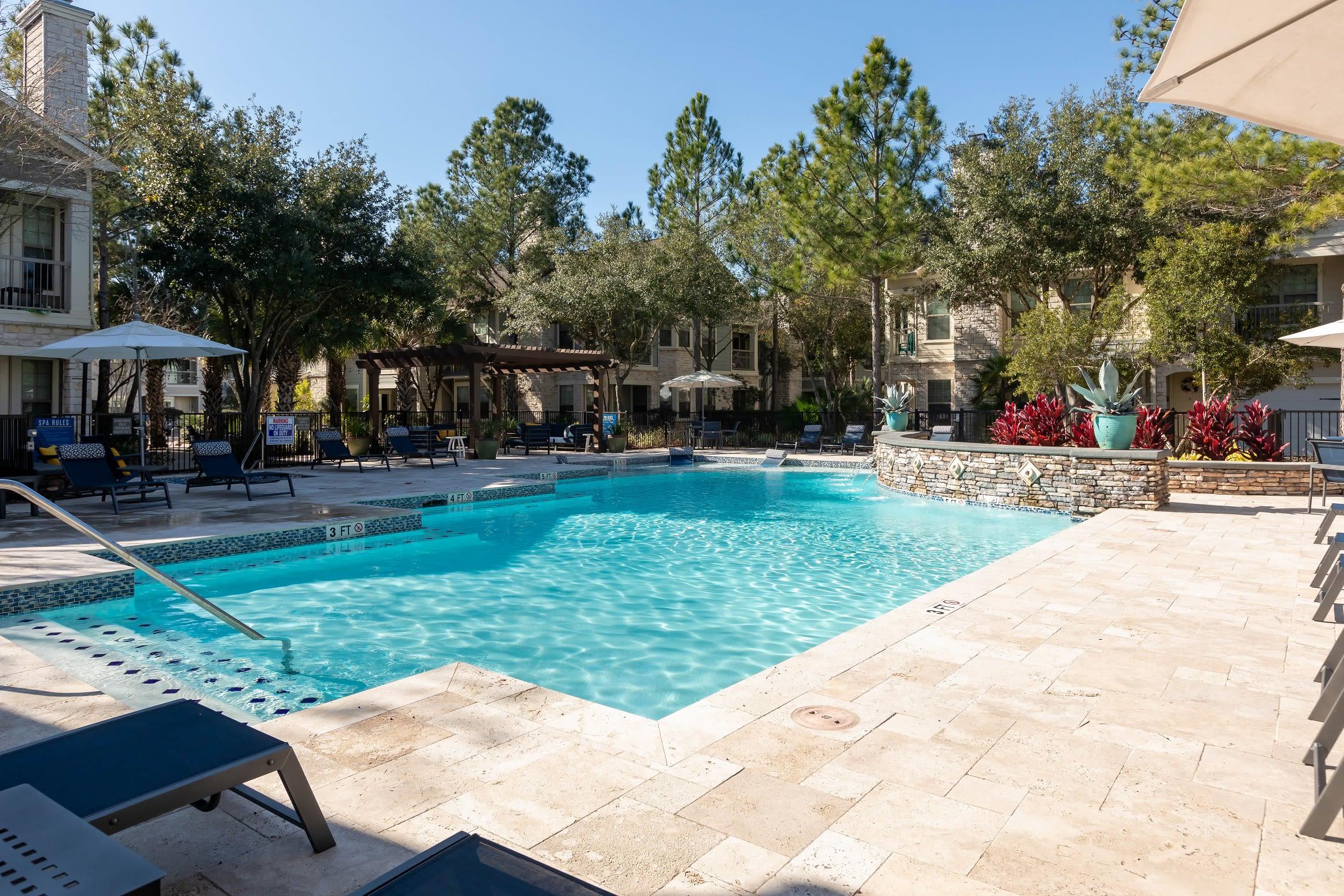 Resort style pool at Lakefront Villas