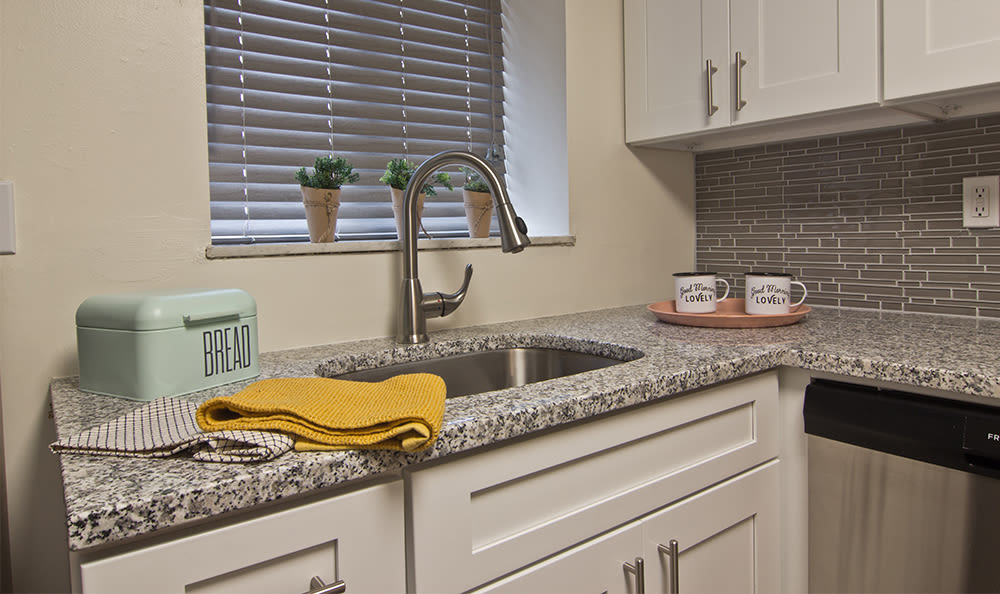 Beautiful kitchen at The Avalon Apartment Homes in Avalon, Pennsylvania
