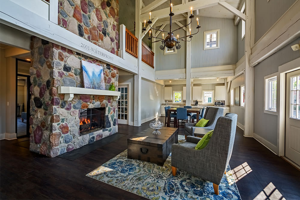 Relaxing clubhouse at The Waterfront Apartments & Townhomes in Munhall, Pennsylvania