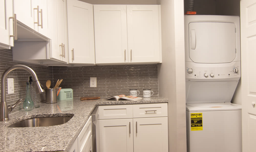 Modern kitchen at Park Place of South Park in South Park, Pennsylvania