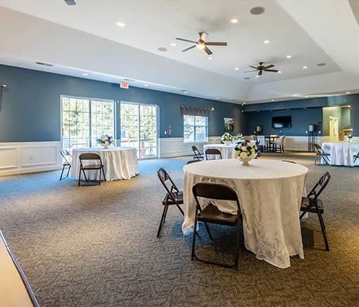 Community dinner area at Avon Commons in Avon, New York