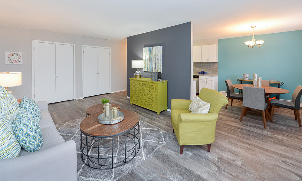 Open floor plan at Imperial Gardens Apartment Homes in Middletown, NY