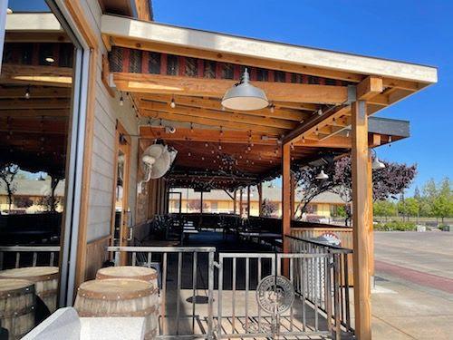 LBB Gastro Pub Loomis CA