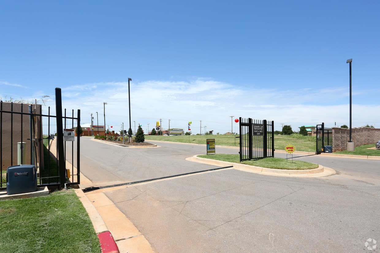 Gated entrance at Cross Timber in Oklahoma City, Oklahoma