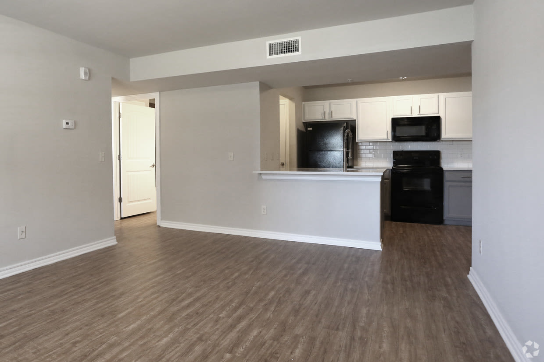 Spacious floor plans at Cross Timber in Oklahoma City, Oklahoma