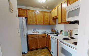 Virtual tour of our one bedroom apartment at Webster Manor Apartments in Webster, New York