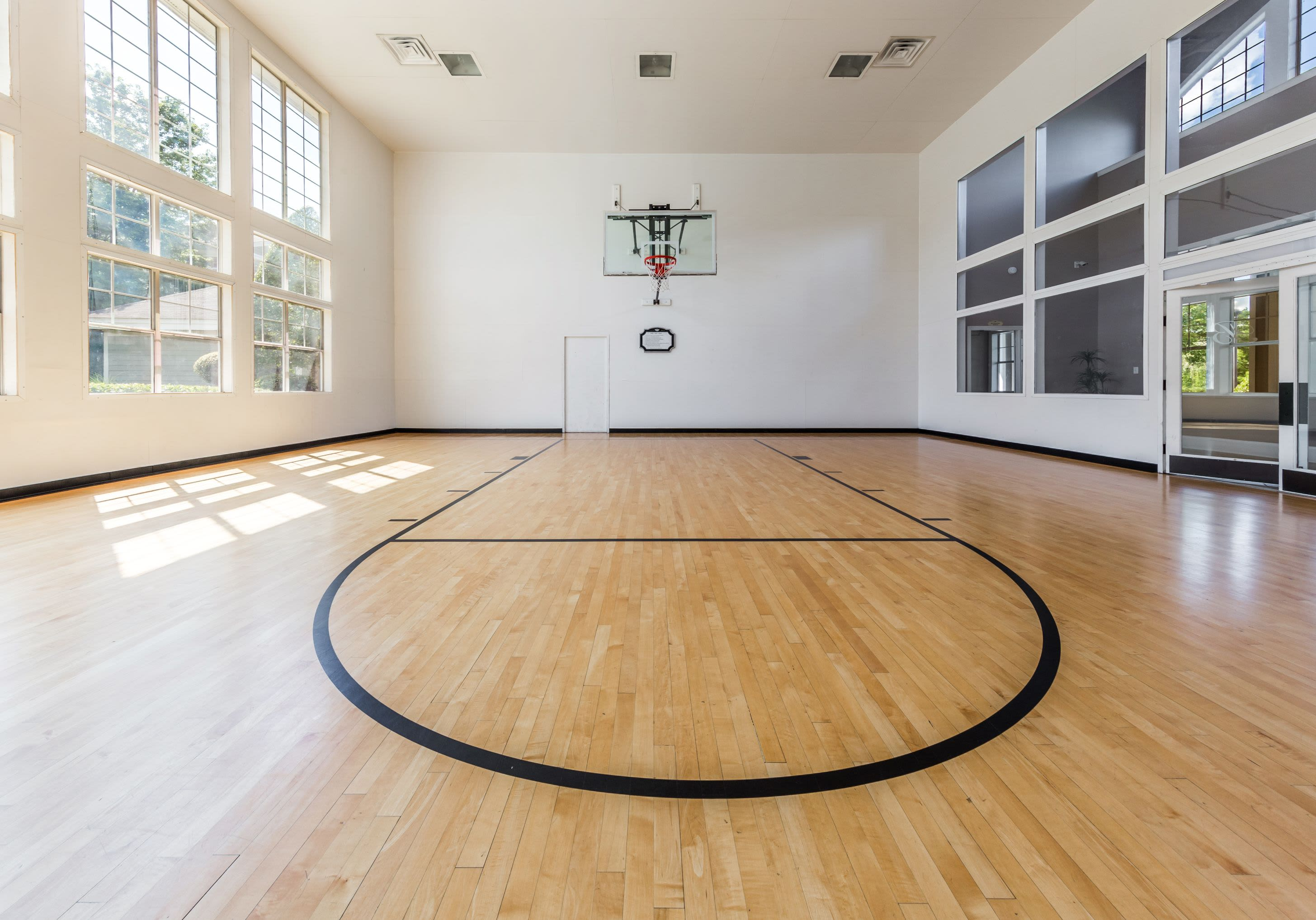 Basketball court at The Preserve at Ballantyne Commons in Charlotte, North Carolina