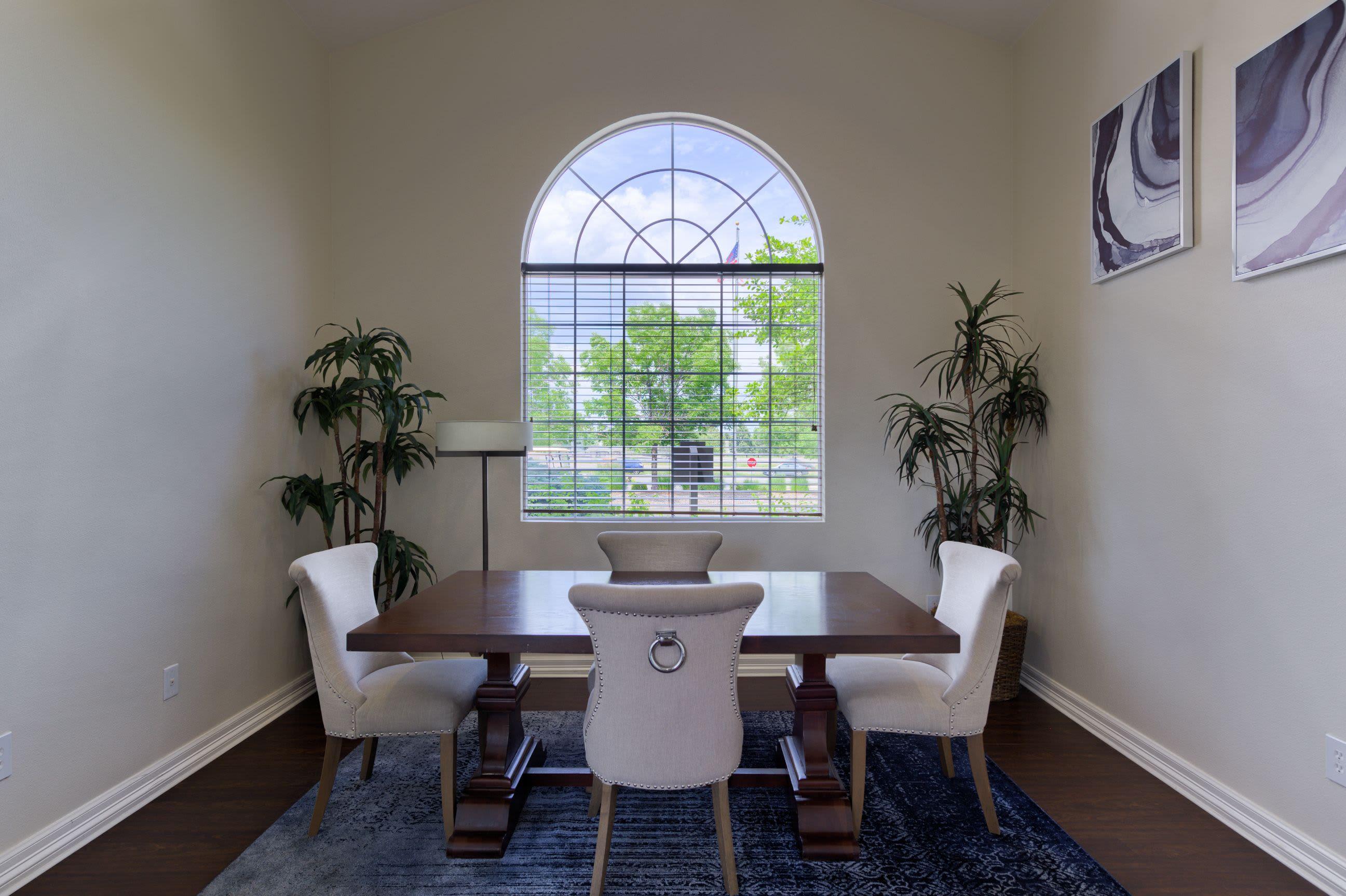 Meeting area at Whisper Creek Apartment Homes in Lakewood, Colorado