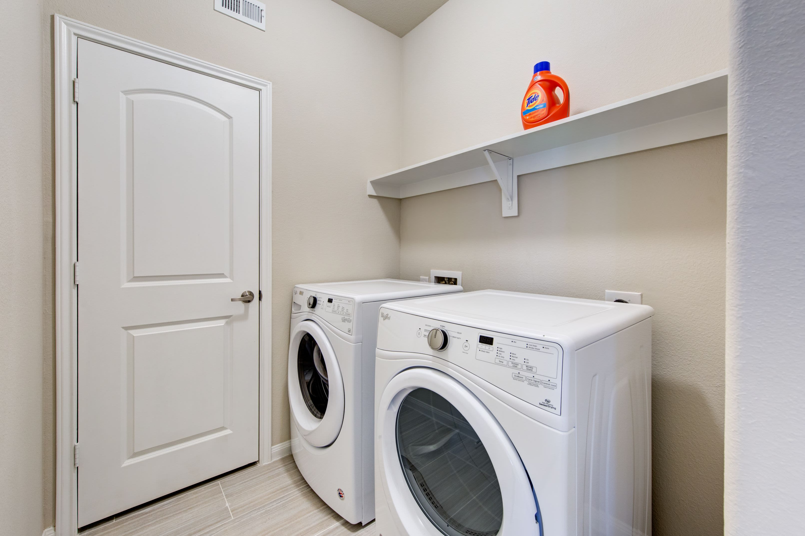 Washer and dryer at Marquis at The Woodlands in Spring, Texas