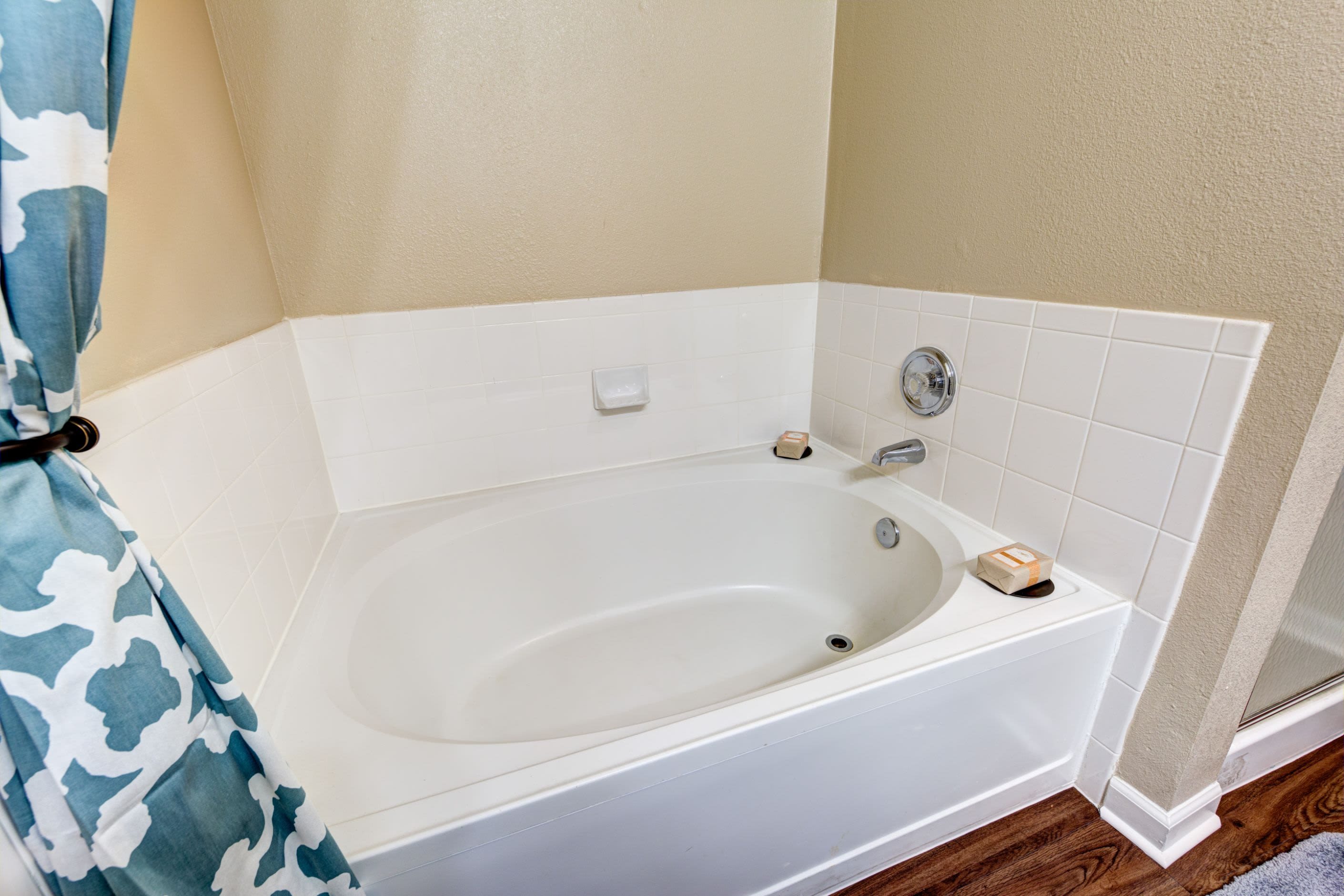Bathtub at Marquis at Town Centre in Broomfield, Colorado