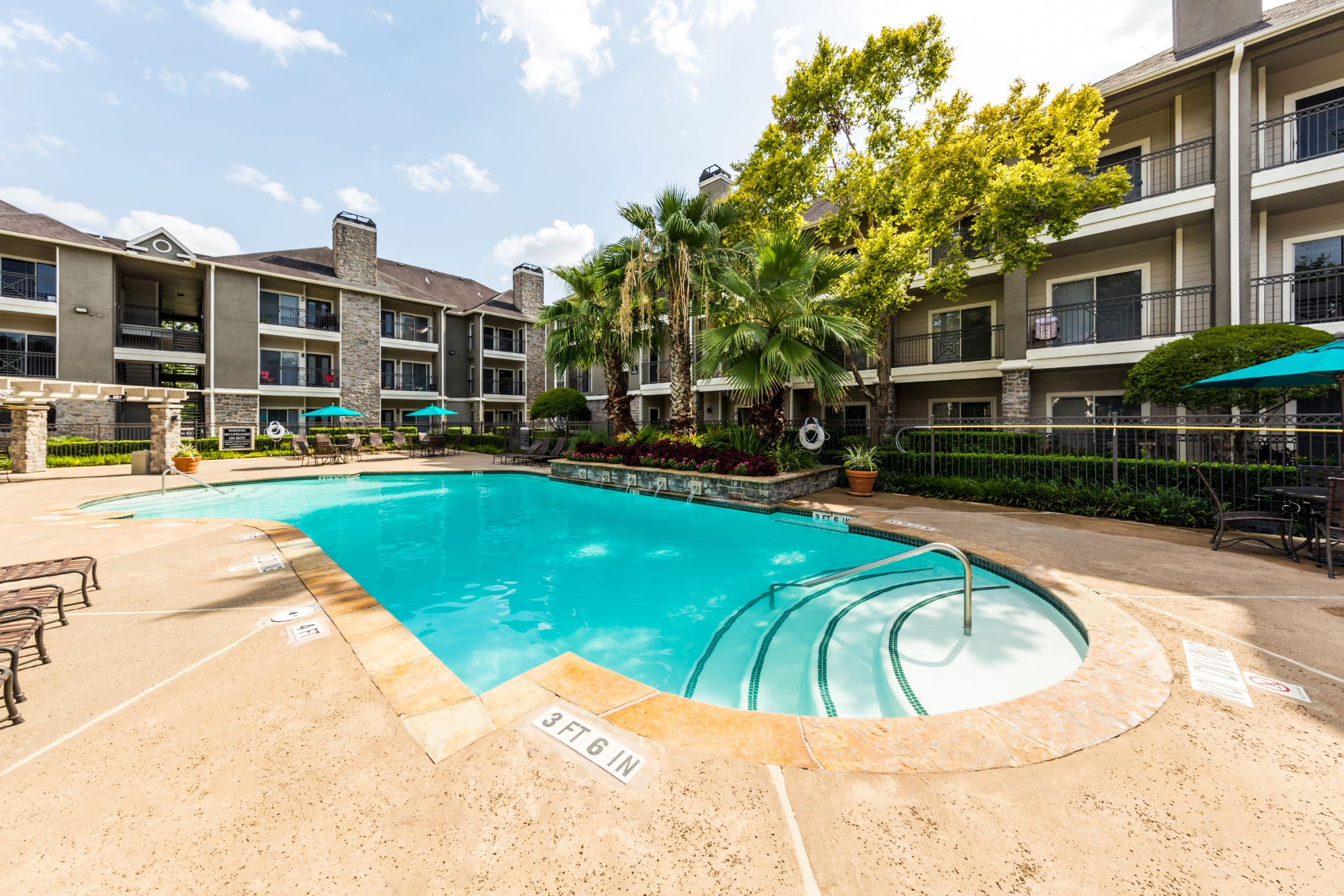 Outdoor swimming pool at Marquis on Westheimer in Houston Texas,