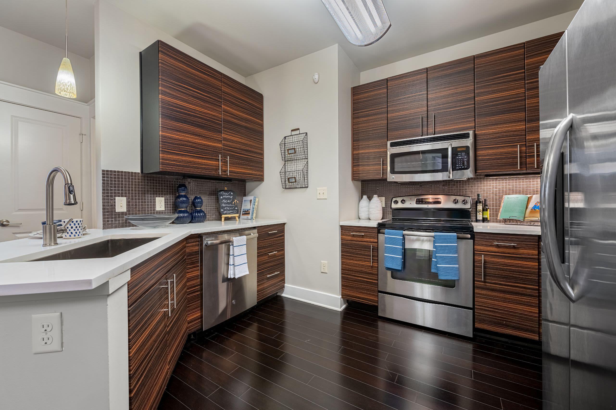 Kitchen with modern appliances at Marquis Cresta Bella in San Antonio, Texas