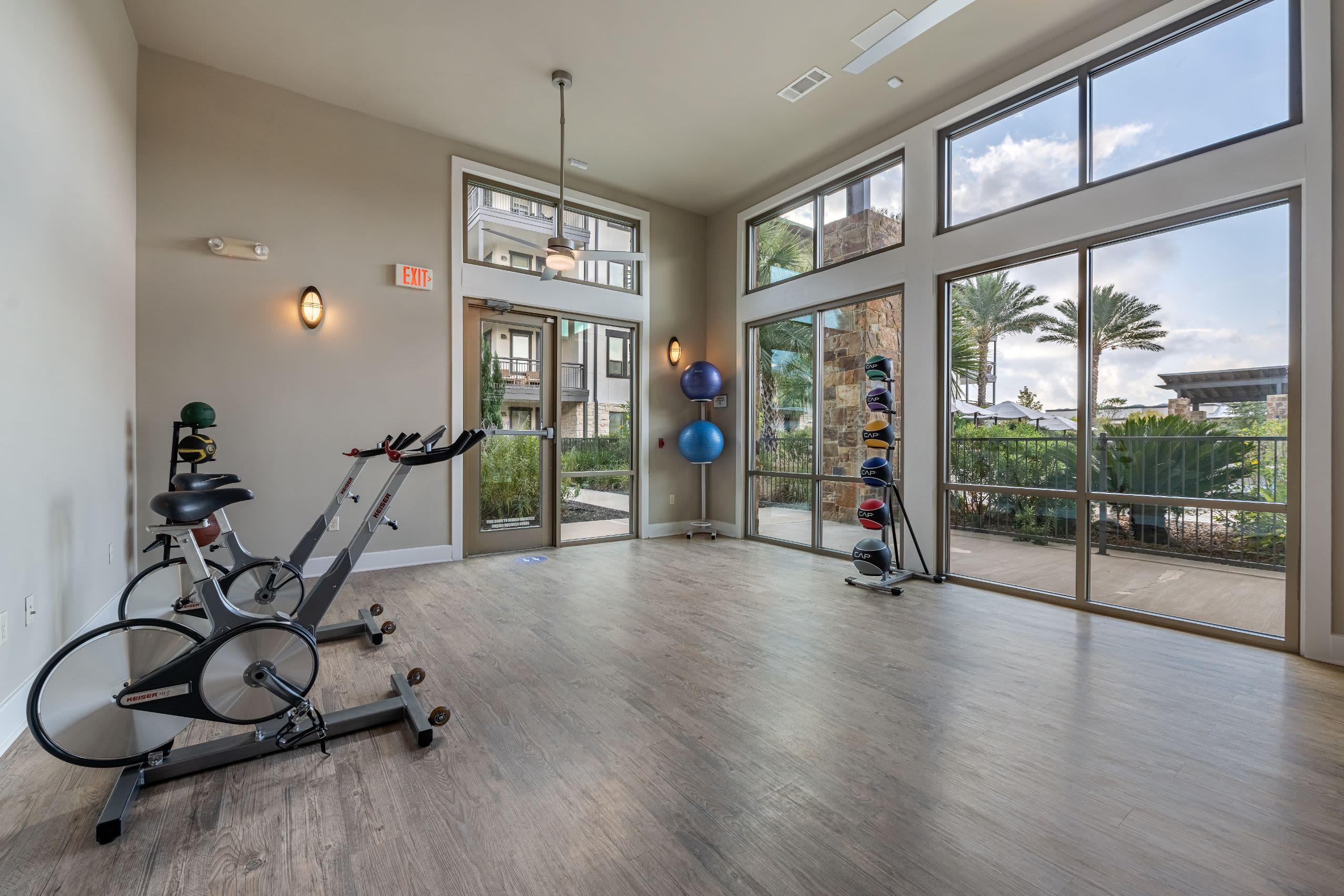 Spin room at Marquis Cresta Bella in San Antonio, Texas