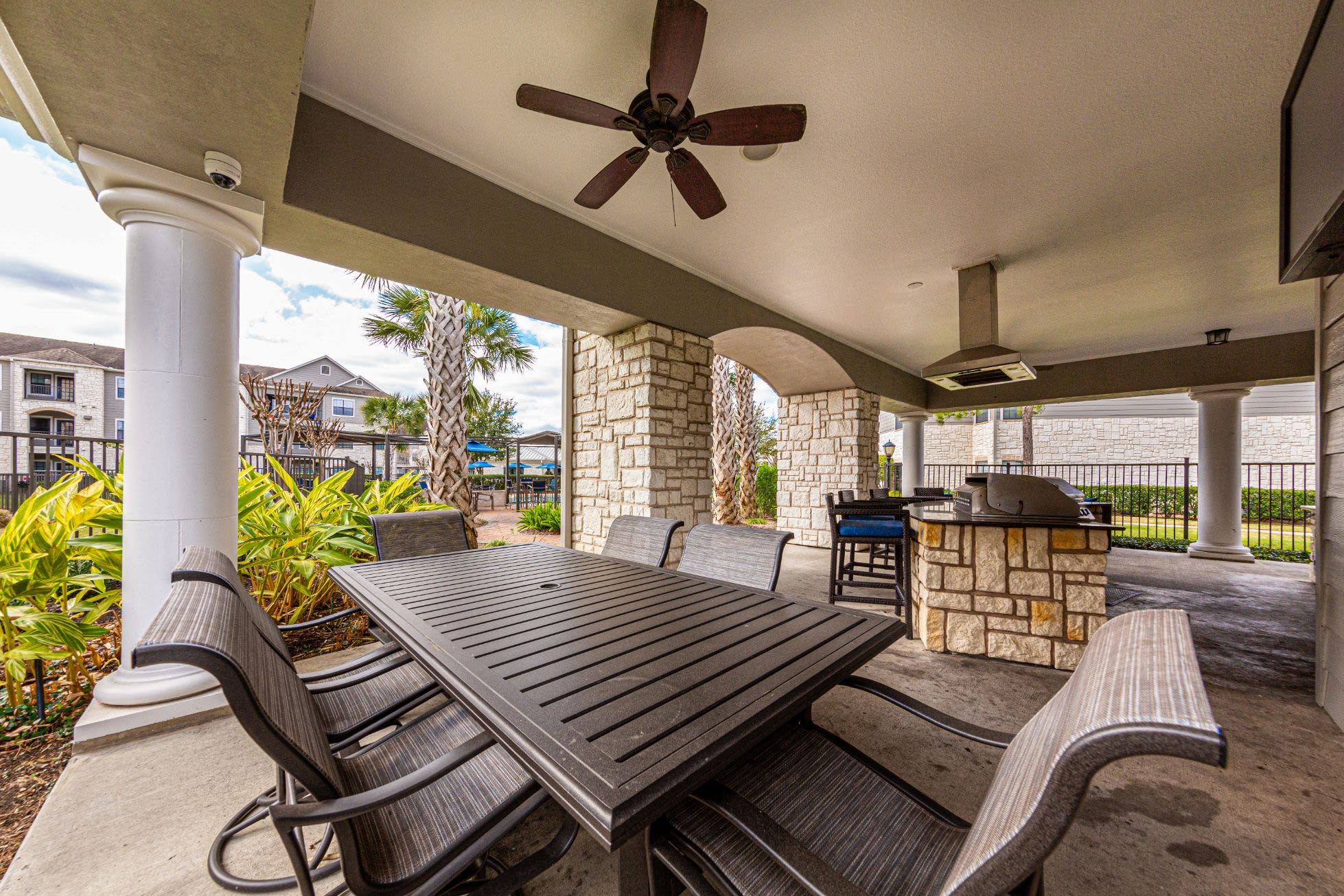 Gazebo with ceiling fan at Marquis Grand Lakes in Richmond, Texas