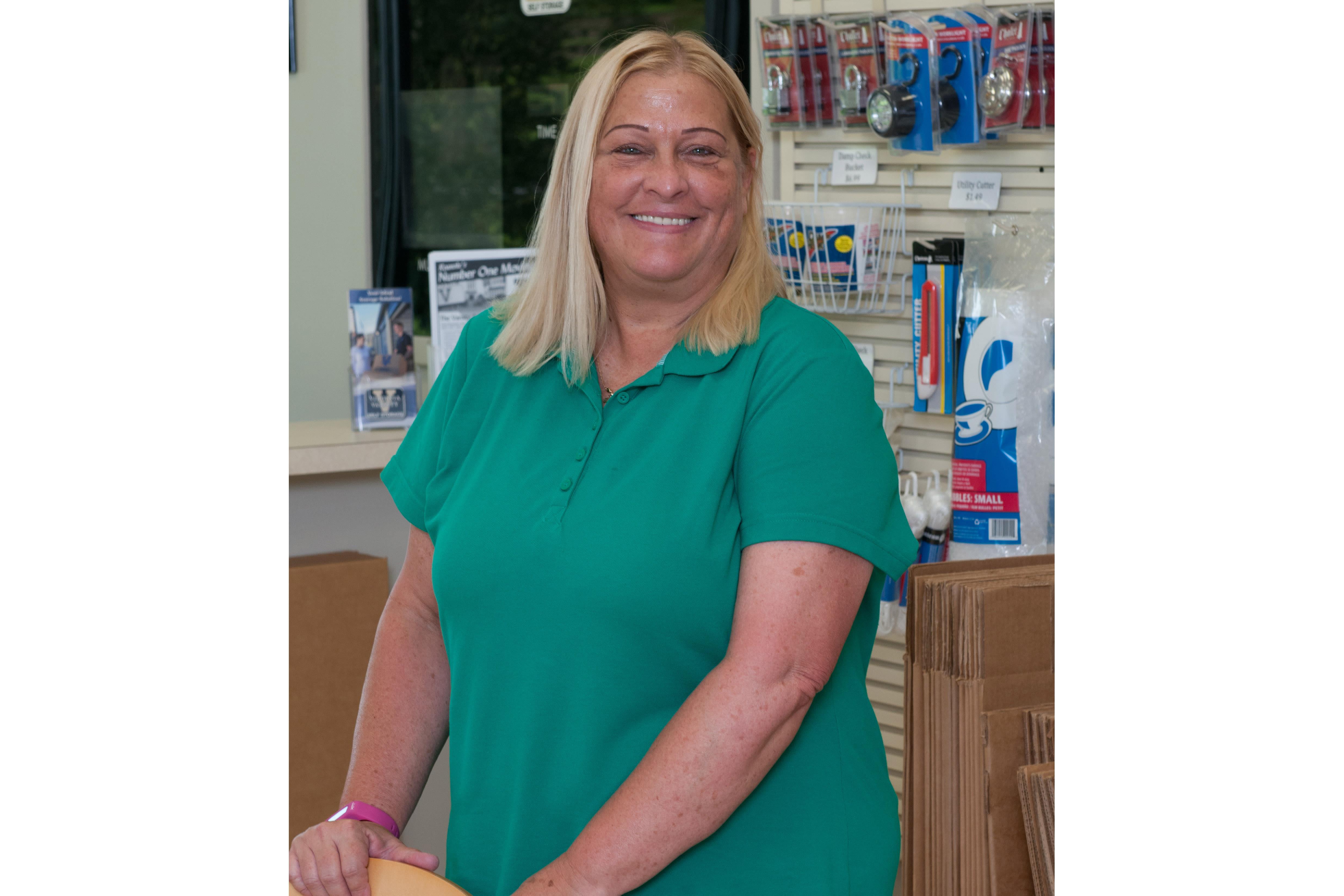 Team member Holly at Virginia Varsity Transfer & Storage