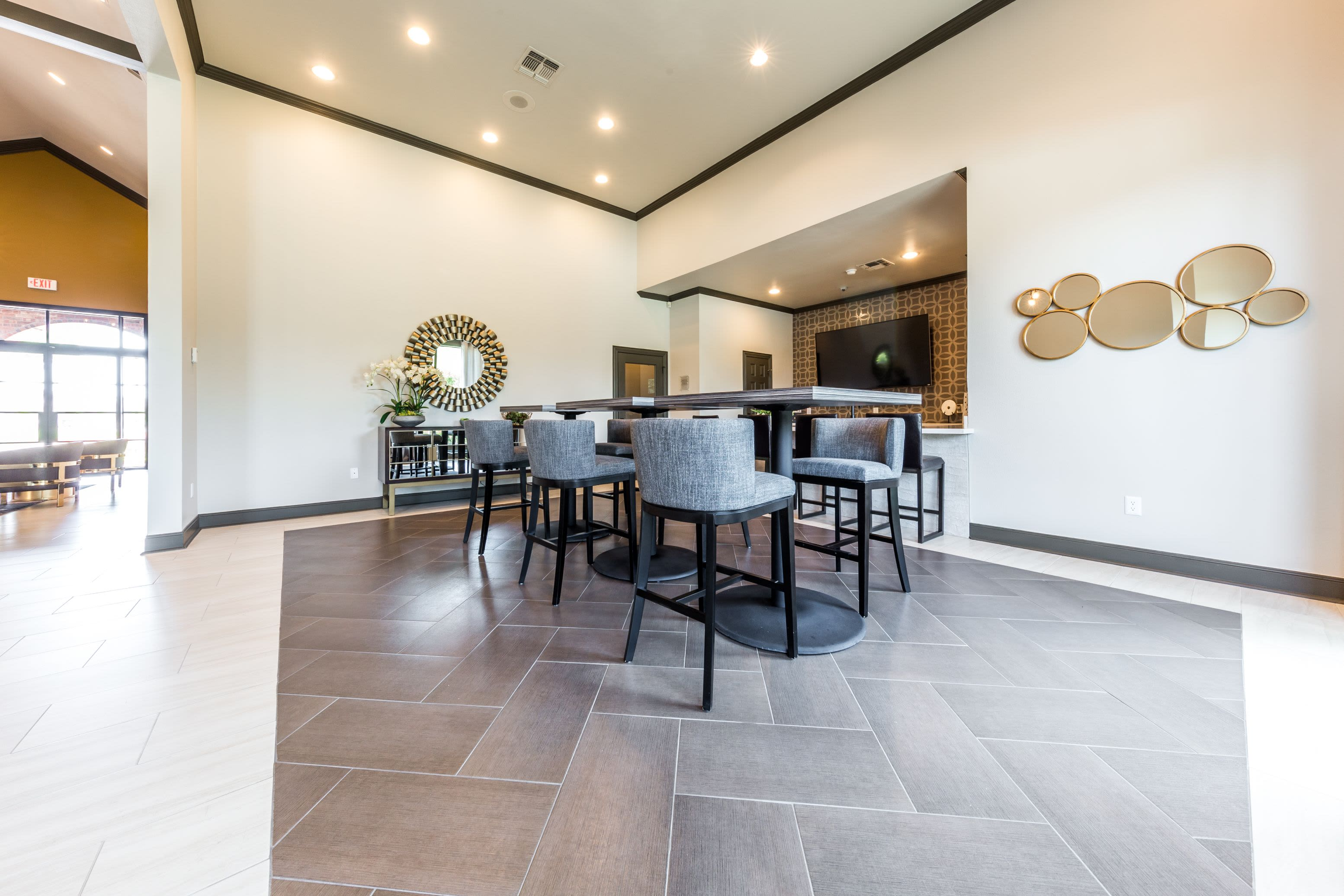 Large dining table in clubhouse at Marquis at Stonebriar in Frisco, Texas