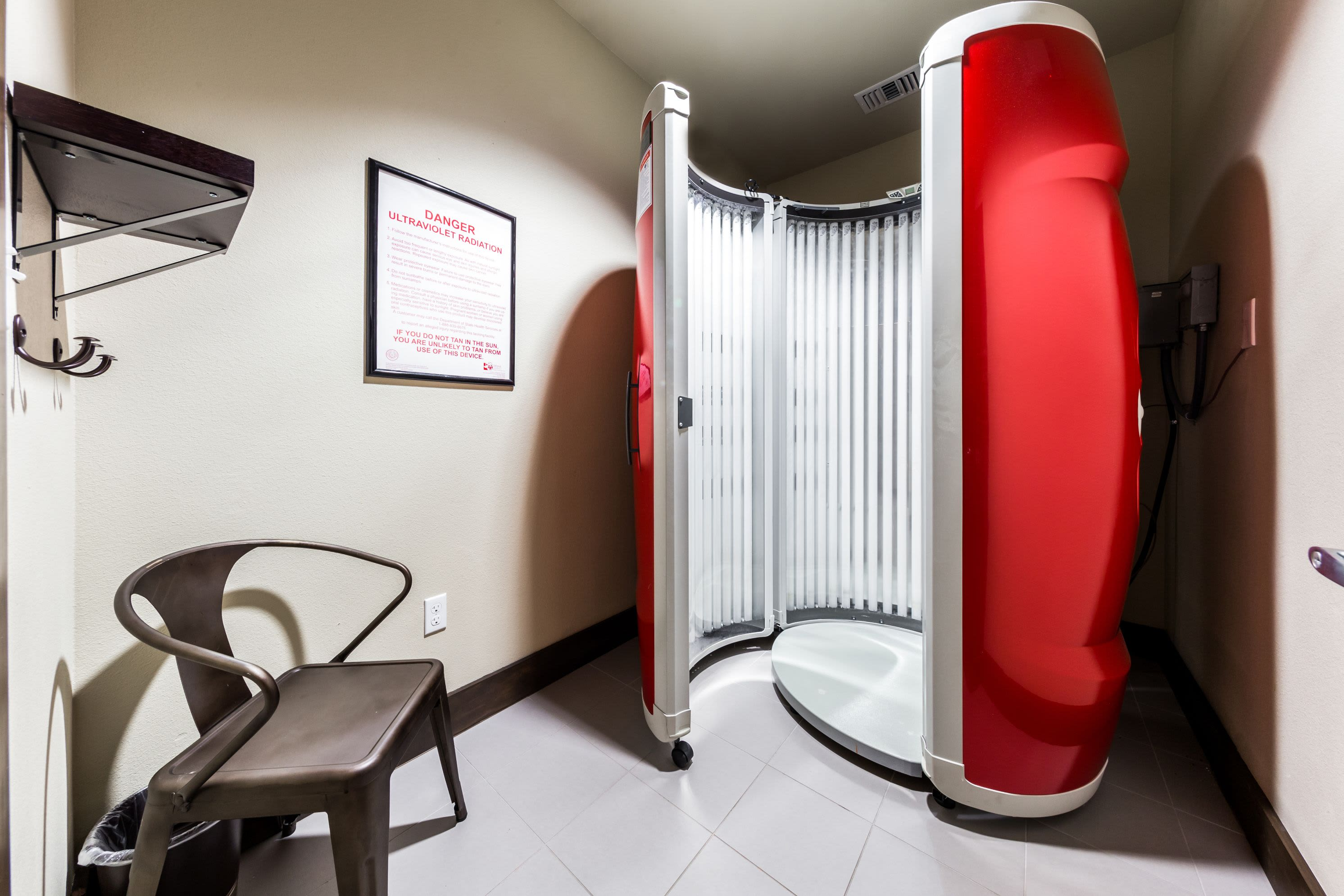 Tanning booth at Marquis on Lakeline in Cedar Park, Texas